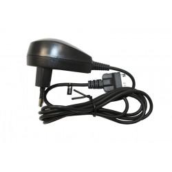 Сетевое зарядное устройство для Eten Glofish M500, M600 /5V 1A/